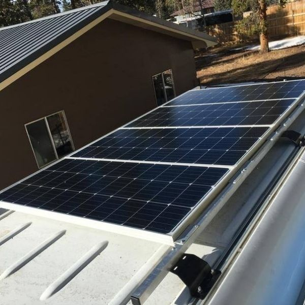 RV roof with solar panels