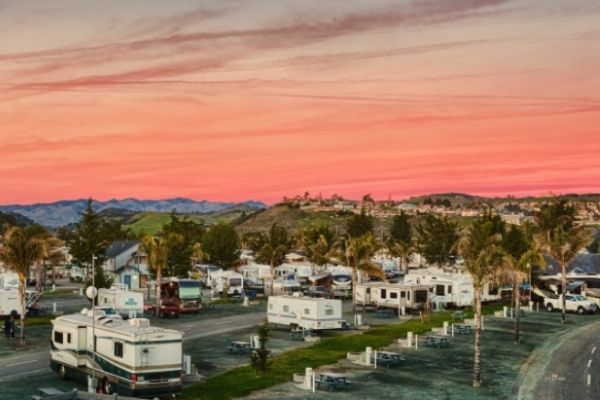 Which RV Travel Club Should You Go With